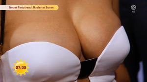 Topless vanessa blumhagen Vanessa Pur
