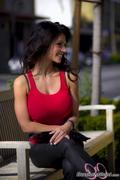 ����� ������, ���� 3901. Denise Milani Red tank candids :, foto 3901