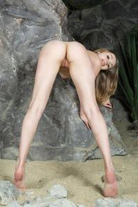 http://img170.imagevenue.com/loc354/th_336236924_tduid300163_RA_Plago_Jeff_Milton_medium_0009_123_354lo.jpg