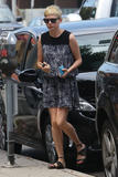 Michelle Williams | Out & about in Beverly Hills | August 16 | 13 pics