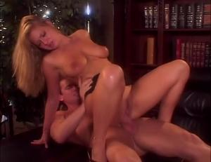Avy Scott Has A Nice Little Treat With Some Black Dick Sex Tubes