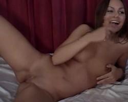 Webcam girl having anal fun