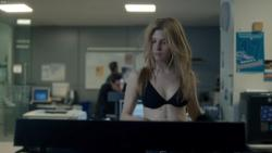 Clemence Poesy - The Tunnel s01e01-02 2013 - 1080p