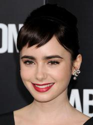 Лили Коллинз, фото 547. Lily Collins 'Abduction' Los Angeles Premiere at Grauman's Chinese Theatre on September 15, 2011 in Hollywood, California, foto 547