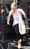 Hilary Duff Black bikini pics in Hawaii - June 23 (HQ) Foto 892 (Хилари Дафф Черный бикини фото на Гавайях - 23 июня (HQ) Фото 892)